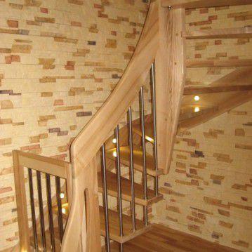 Sąvaržiniai išlengvinti laiptai su varteliais SA 20