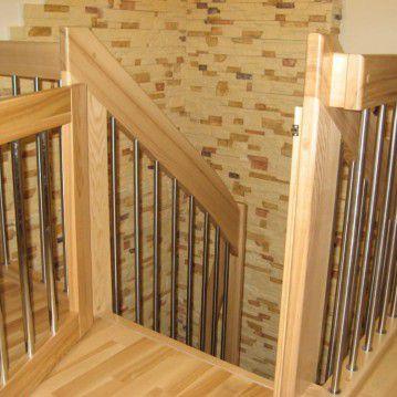 Sąvaržiniai išlengvinti laiptai su varteliais SA 22