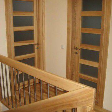 Sąvaržiniai laiptai sunerūdijančio plieno tvorele SA 80
