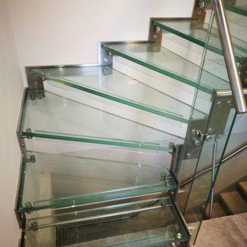 Stikliniai laiptai su nerūdijančio plieno turėklu ST 15