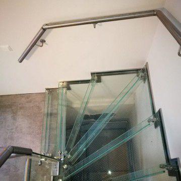 Stikliniai laiptai su nerūdijančio plieno turėklu ST 19