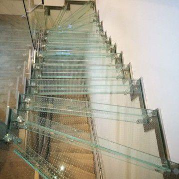 Stikliniai laiptai su nerūdijančio plieno turėklu ST 30